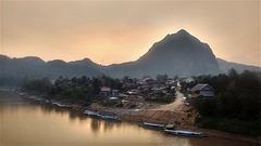 Moment magique à 17h50  (Laos)