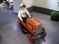 Children's pedal car (1920).