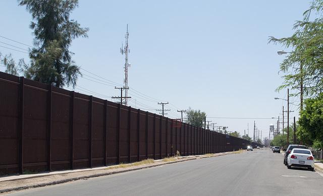 Calexico CA border wall (# 0588)