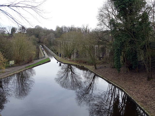 Winding hole at the End of Chirk Aqueduct
