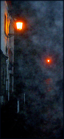Hoyo de Manzanares at night
