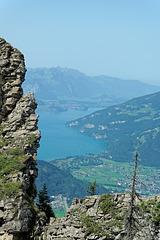 Blick auf Interlaken und den Thunersee (© Buelipix)