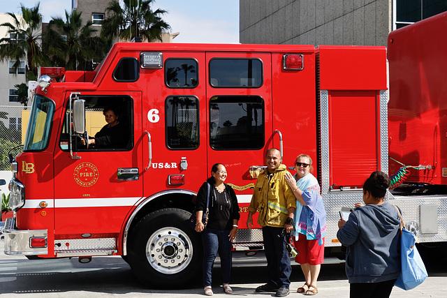 1T0A4003- Des Pompiers sympathiques