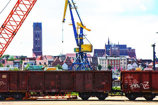 Wismar, Blick vom Seehafen in die Altstadt