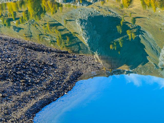 Là où le ciel et la Terre se rejoignent..................Le lac d'Allos.