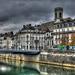 BESANCON: Le quai Vauban, l'Egilse de la Madeleine, le pont Battant.