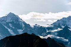 Blick auf  den Mönch und das Jungfraujoch (© Buelipix)