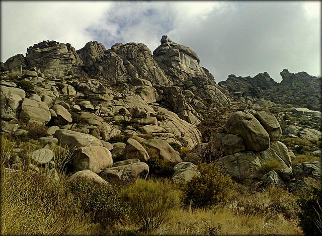 La Sierra de La Cabrera, El Cancho Largo.