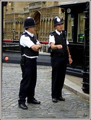 ** Policier Anglais **