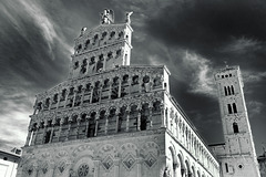 Tuscany 2015 Lucca 5 Duomo di Lucca  XPro1 mono