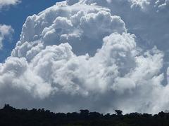 Cielo de nubes blancas de CRica