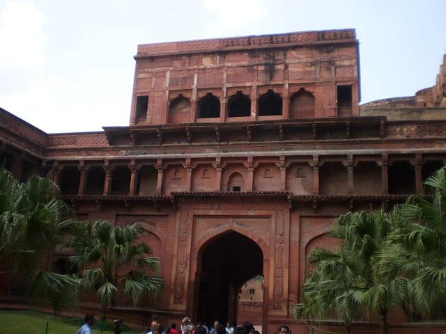 Amar Singh Gate.