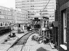 1988-Waterloo-Armstrong lift (34-BW)