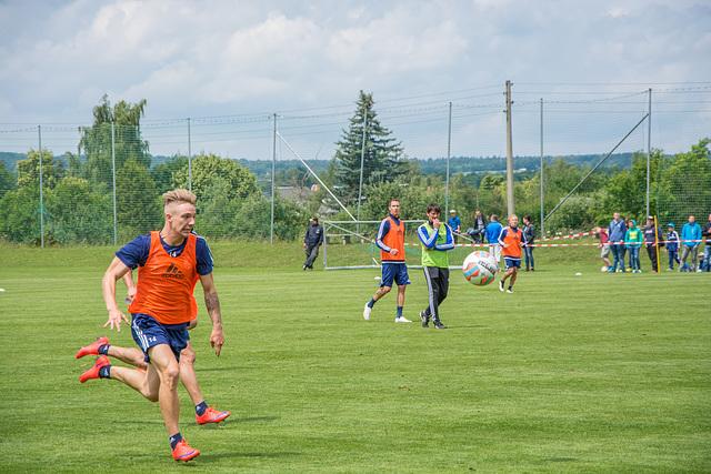 Mehr Füße für den Chemnitzer FC ;-)