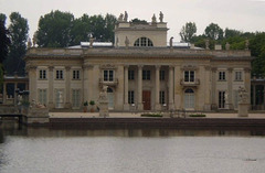 Palace over the Water (or Palace of the Island).