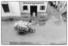 Saïgon 1991 - Photo prise au Nikon F2 équipé d'un 28 mm. Film HP5+