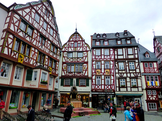 DE - Bernkastel-Kues - Markt