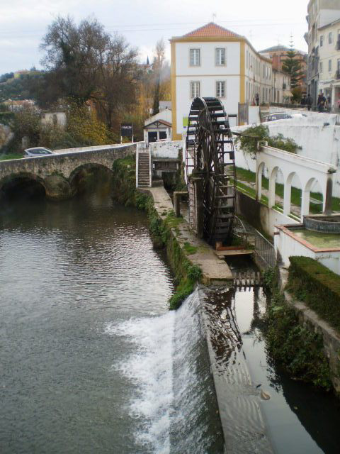 Almonda River and water wheel.