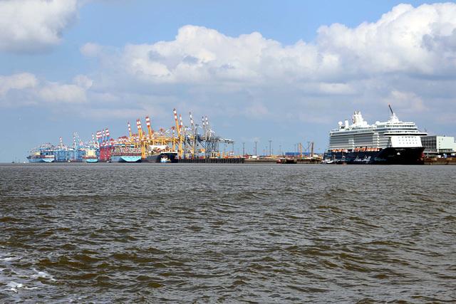 Bremerhaven - Stromkaje  ( 5km)