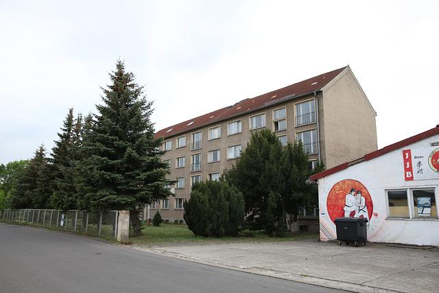 Lehrlingswohnheim Internat Kommunale Berufsschule (KBS) Niegripper Chaussee