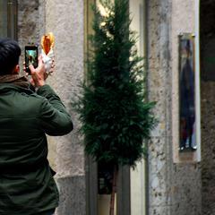 Street photography mit Hot Dog