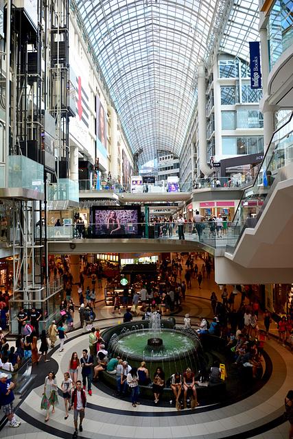 Canada 2016 – Toronto – Toronto Eaton Centre