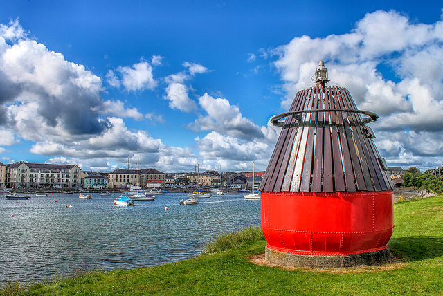A buoy's view of the harbour