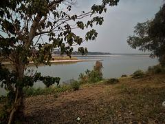 Coup d'oeil sur le Mékong / Mekong eyesight