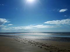 A Deauville une mer argentée