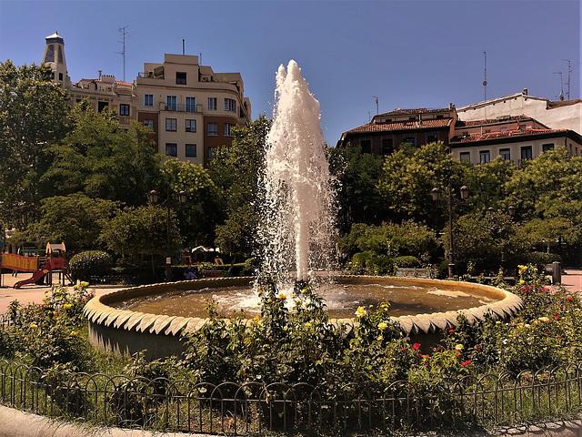 Plaza de Olavide, Madrid