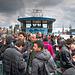 Hamburg - Jam Packed Harbor Ferry - Sehr volle Hafenfähre (75°)