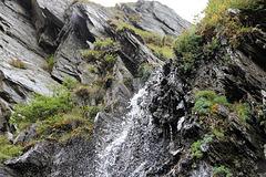 kleiner Wasserfall in der Schramme