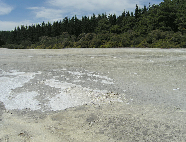 Wai-O-Tapu - The Primrose Terrace of sinter