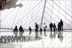Urban Chronicles ~ Pyramide du Louvre  ~ Paris ~ MjYj