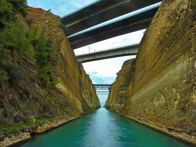 # 15 Canale di Corinto