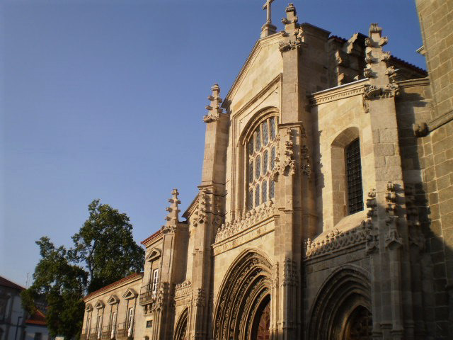 Lamego Cathedral (12th century).