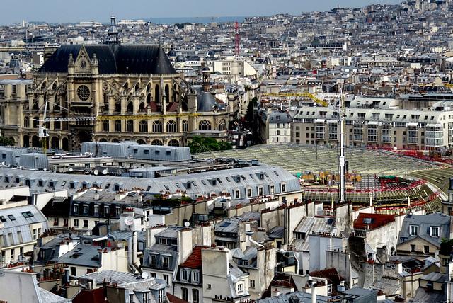 Paris - église Saint Eustache et canopée des Halles