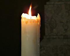 #3         Que la flamme de l'espérance ne s'éteigne jamais en vos  coeurs.
