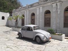 VW UAB005