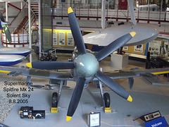 Spitfire Mk24 prop view Solent Sky 8 8 2005