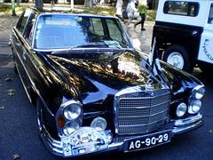 Mercedes-Benz 300 SEL (1971).