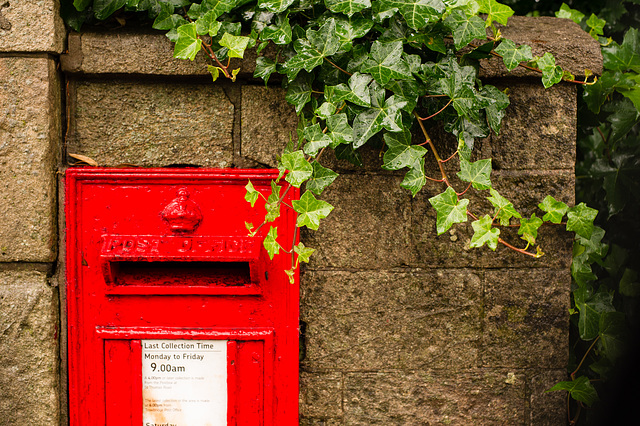 Another Day, Another Picture of the Post Box