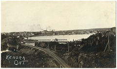 KN0361 KENORA - (RAIL & TRAFFIC BRIDGE)