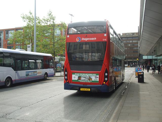 DSCF0648 Stagecoach in Manchester SL64 HZU