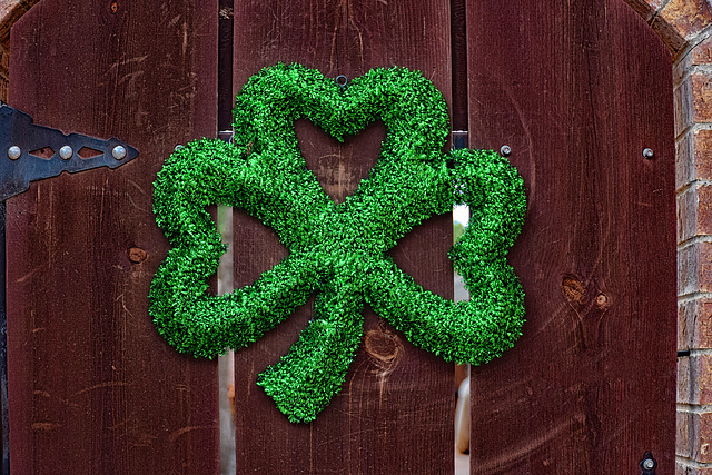 Shamrocks and Hearts to All!!