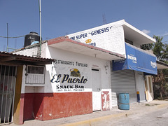 El Puerto snack bar