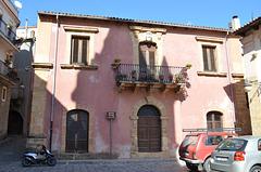 Mandanici, Palazzo Scuderi (XVII-XVIII)