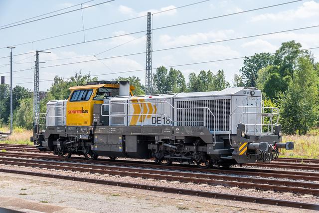 33 - Vossloh DE 18