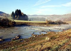 Fluss Avisio in Südtirol