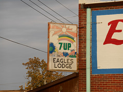 Old 7-up sign